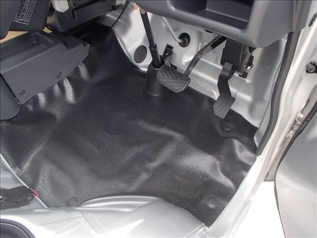 KC 4WD AT DCBS エアコン パワステ AM FMラジオ 両席エアバッ ABS 三方開 アングル 間欠ワイパー(18枚目)