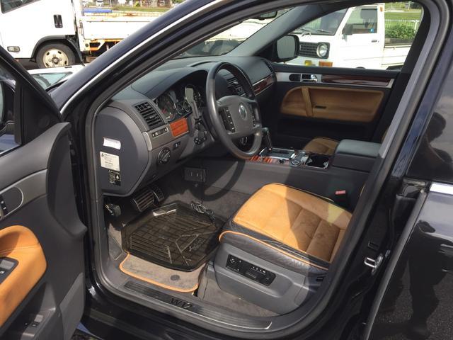 「フォルクスワーゲン」「VW トゥアレグ」「SUV・クロカン」「兵庫県」の中古車18