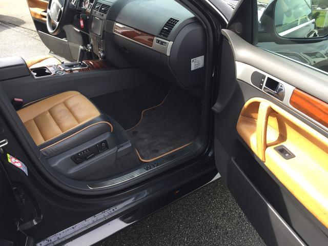「フォルクスワーゲン」「VW トゥアレグ」「SUV・クロカン」「兵庫県」の中古車21