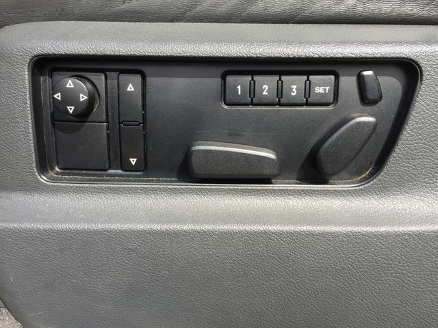 「フォルクスワーゲン」「VW トゥアレグ」「SUV・クロカン」「兵庫県」の中古車23