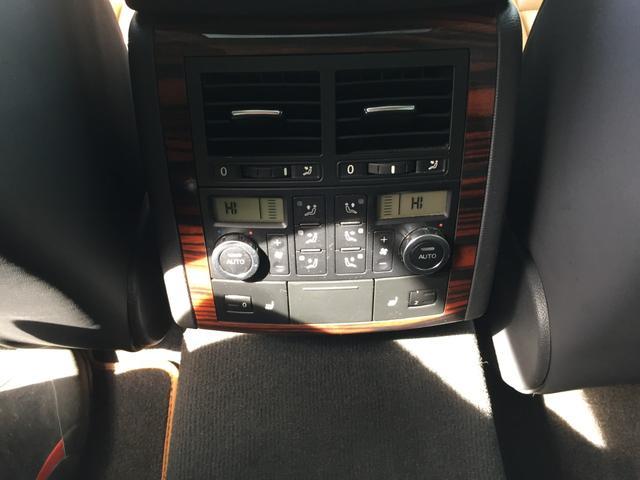 「フォルクスワーゲン」「VW トゥアレグ」「SUV・クロカン」「兵庫県」の中古車29