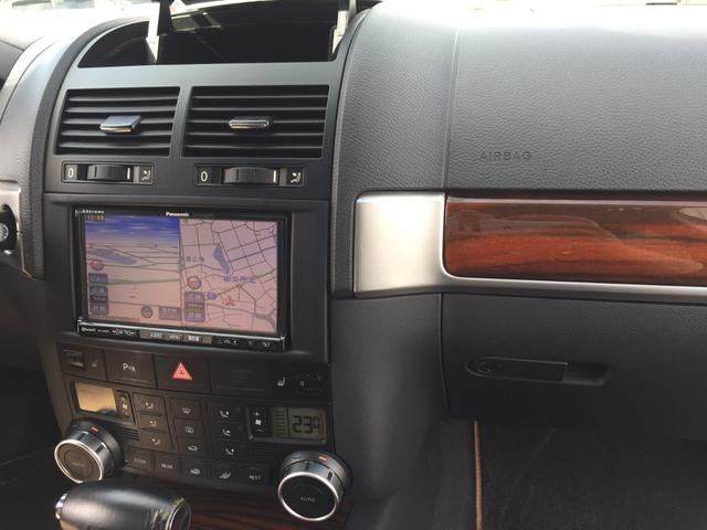 「フォルクスワーゲン」「VW トゥアレグ」「SUV・クロカン」「兵庫県」の中古車32