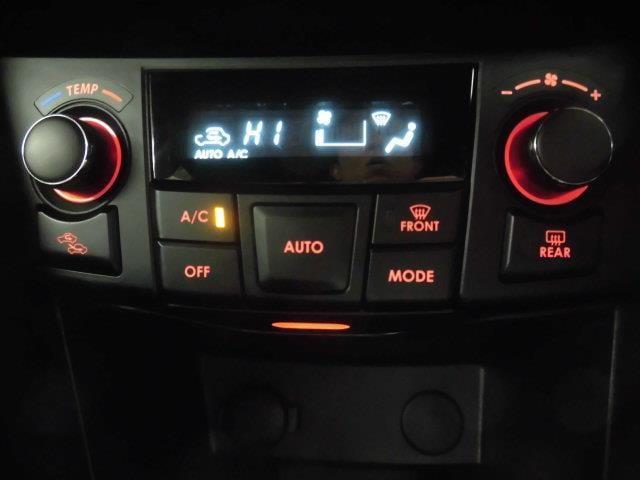 トヨタロングラン保証!メーカー・年式を問わず、走行距離無制限・1年間の無料保証!! エンジン機構・ステアリング機構・ブレーキ機構はもちろんのこと、エアコン・ナビゲーション・テレビなども保証の対象です。