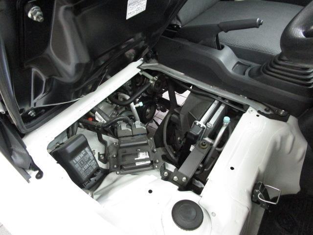スタンダード 4WD マニュアルMT5速 エアコン パワステ(20枚目)