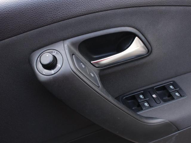 フォルクスワーゲン VW ポロ TSIハイライン ストラーダHDDナビ フルセグTV