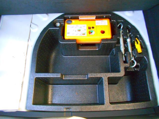 ベースグレード クリアランスソナー 社外2DINHDDナビ DTV ETC ドライブレコーダー GPSレーダー 黒革電動シート シートヒーター 取説 保証書 スペアキー(19枚目)