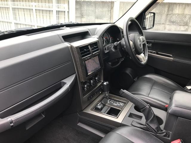 「その他」「クライスラージープ チェロキー」「SUV・クロカン」「奈良県」の中古車17
