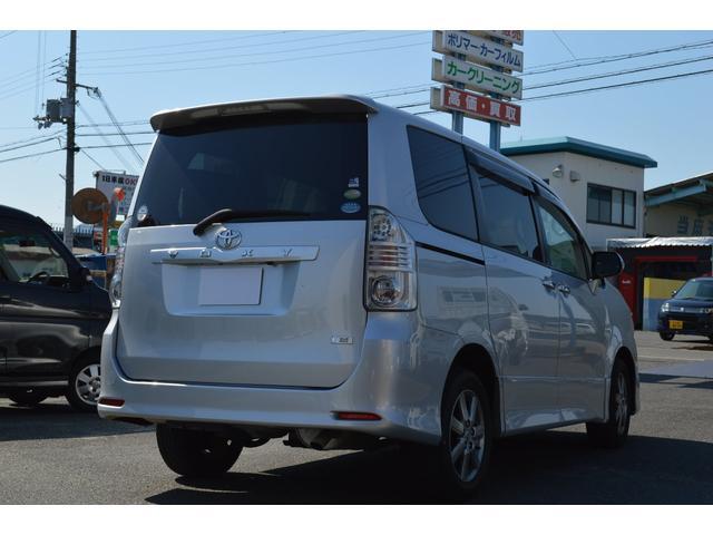 「トヨタ」「ヴォクシー」「ミニバン・ワンボックス」「奈良県」の中古車3