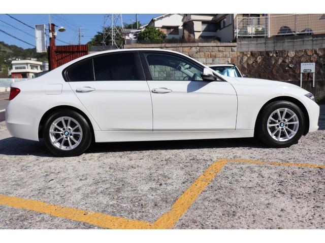320i BMW認定店 2年間長期無料保証付 ワンオーナー 衝突軽減 車線逸脱 インテリジェントセーフティ(10枚目)