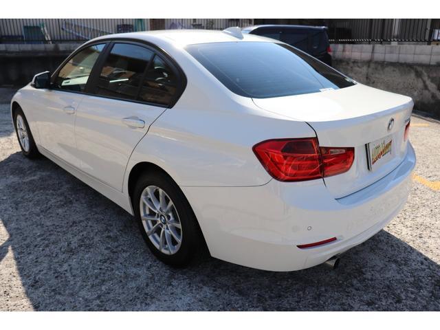 320i BMW認定店 2年間長期無料保証付 ワンオーナー 衝突軽減 車線逸脱 インテリジェントセーフティ(18枚目)