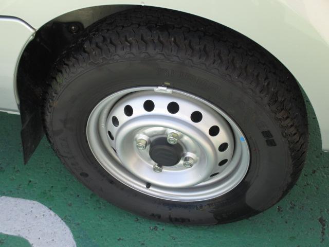 タイヤ溝はバッチリです!