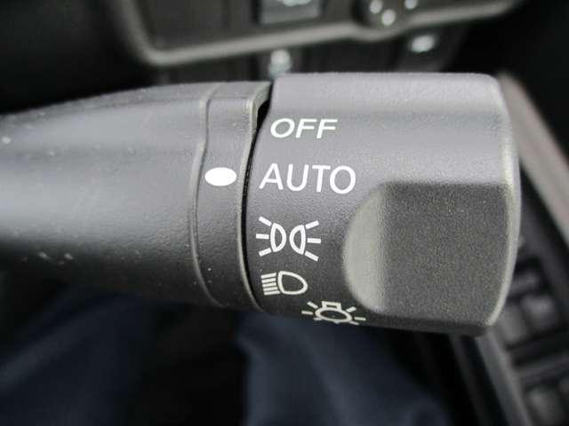 1.2 e-POWER X LEDヘッドライト 1オナ スマキー レーンキープアシスト 禁煙 ナビTV メモリーナビ付き LED オートエアコン ワンセグ キーフリー 盗難防止 アルミ アイドリングストップ ABS パワーウィンドウ CDオーディオ(15枚目)