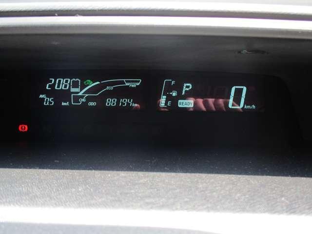 1.5 G SDナビ バックカメラ TVナビ アルミ付 ワンオナ パワステ メモリナビ ABS ワンセグテレビ オートエアコン エアバック 盗難防止システム パワーウィンドウ キーレスエントリ- Bカメラ装備 ETC装着車 WエアB(11枚目)