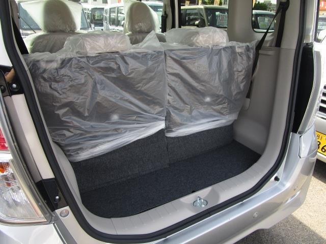 M e-アシスト 届出済未使用車 後席両側スライドドア(10枚目)