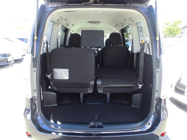 トヨタ ヴォクシー X Lエディション HDDナビ 両側電動スライドドア