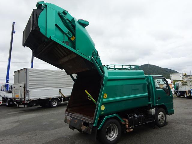 いすゞ エルフトラック 2トン プレス式パッカー 標準幅 4.2m3 汚水タンク付