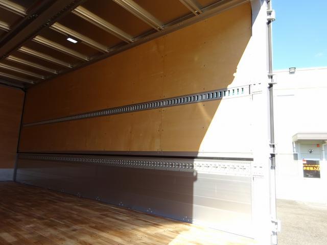 いすゞ フォワード アルミウイング ワイド ベッド付 6.2m リヤエアサス