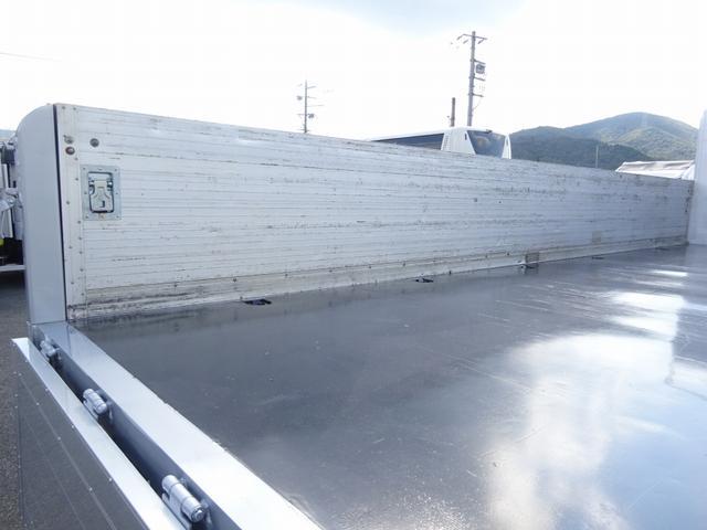 増トン 手動幌ウイング ワイド幅 ベッド付 7.1t積み(13枚目)