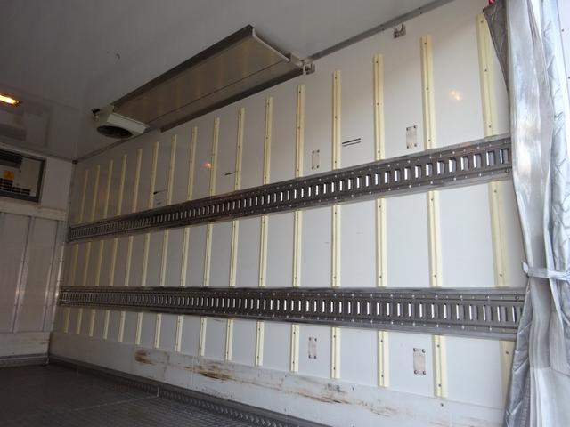 2パワーゲート付冷凍車 低温 ワイド ロング 2t積み(11枚目)