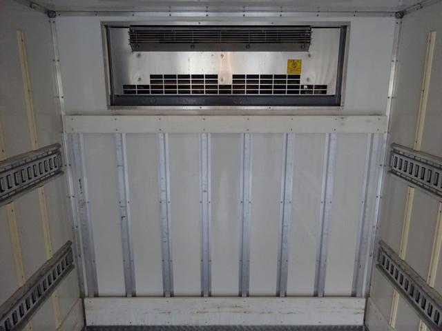 2パワーゲート付冷凍車 低温 ワイド ロング 2t積み(14枚目)