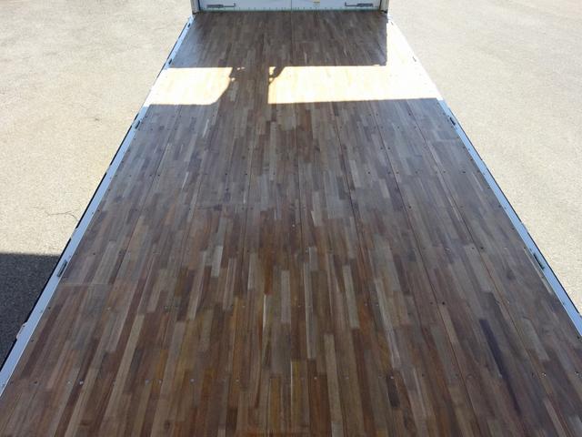 アルミウイング ワイド幅 ベッド付 3t積み 6.2mボディ(14枚目)