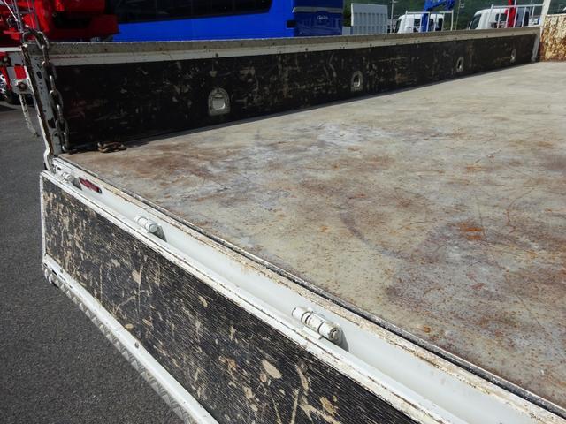 クレーン付 4段ユニック 増トン 標準幅 ベッド付 5t積み(15枚目)