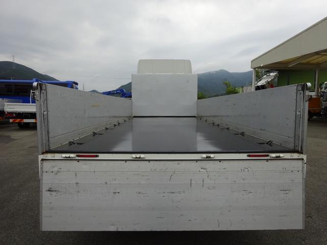 アルミブロック平ボディ 標準幅 ベッド付 3.5t積(12枚目)