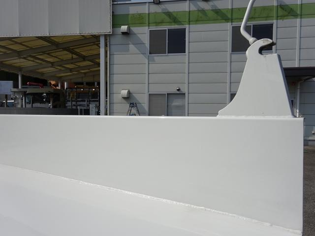 土砂ダンプ 極東開発工業 標準幅 ベッドレス 3.7t積み(10枚目)