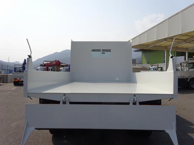 土砂ダンプ 極東開発工業 標準幅 ベッドレス 3.7t積み(11枚目)