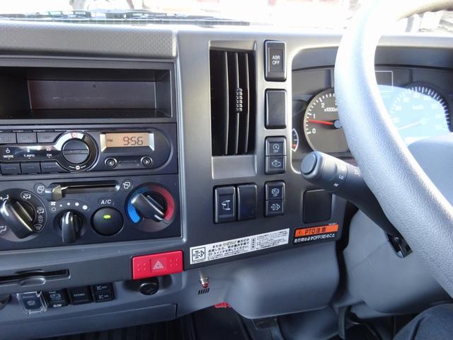 ◎平成31年式、いすゞエルフ4段セルフクレーン付のご紹介です!新品平ボディに、古河ユニック製の警報型のハイジャッキセルフクレーン(G-FORCE SAFETY)を載せました!ワイド幅の超ロングボディ!