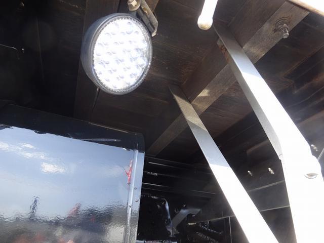 イモビライザー付キー…盗難防止装置DPR…排出ガス浄化装置(アドブルー不要) ESスタート…坂道発進補助装置ECORUN…省燃費モード IDLE UP…発進時にアイドリング回転数が上昇