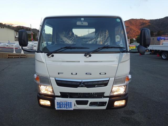 ◆この車輌は12V/24V両方の電源を装備しています。バッテリーイコライザー付。
