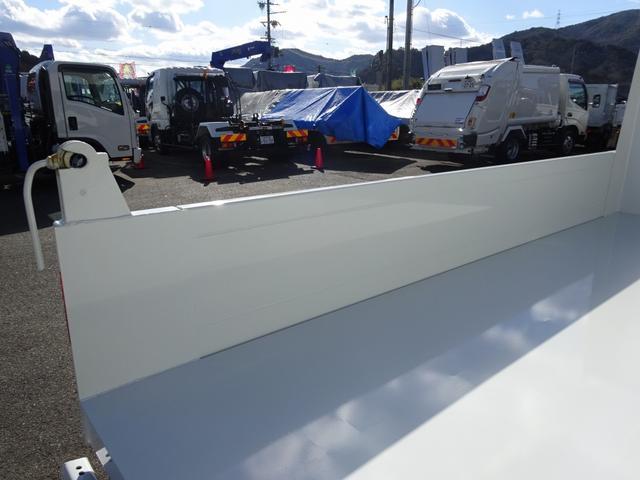 ◎令和2年12月登録、三菱ふそう「キャンター」強化土砂ダンプが入庫致しました!上物は新明和工業製で、床鉄板が6mmある強化仕様です!