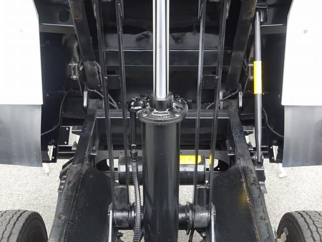土砂ダンプ 電動コボレーン 新明和工業 角底一方開 標準 ベッドレス 3.5トン積み(29枚目)