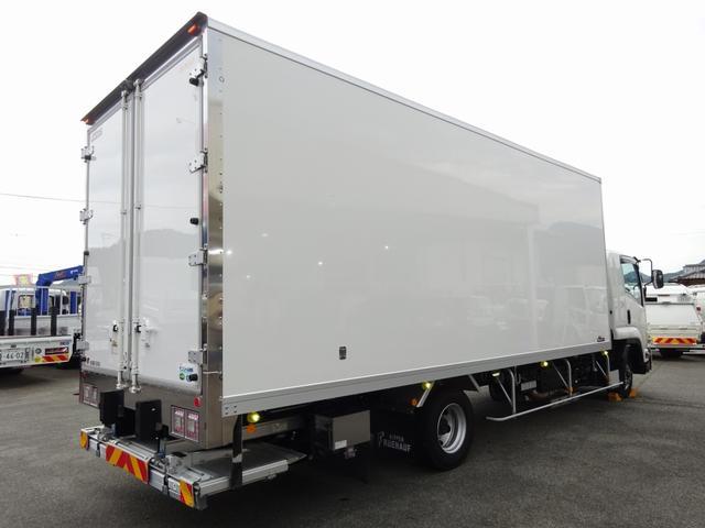 低温冷凍車 -30℃設定 床下格納ゲート 左片開き扉 ワイド ベッド付 2450kg積載(3枚目)
