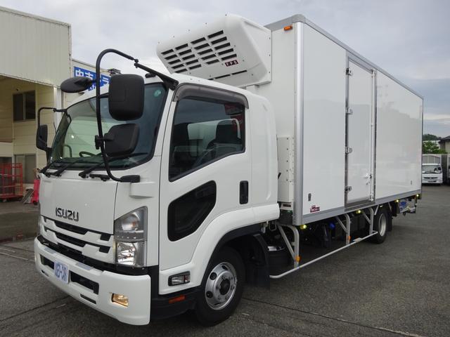 低温冷凍車 -30℃設定 床下格納ゲート 左片開き扉 ワイド ベッド付 2450kg積載(4枚目)