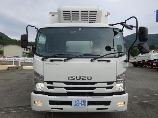低温冷凍車 -30℃設定 床下格納ゲート 左片開き扉 ワイド ベッド付 2450kg積載(5枚目)