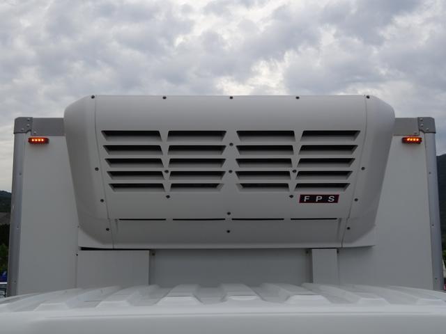 低温冷凍車 -30℃設定 床下格納ゲート 左片開き扉 ワイド ベッド付 2450kg積載(34枚目)