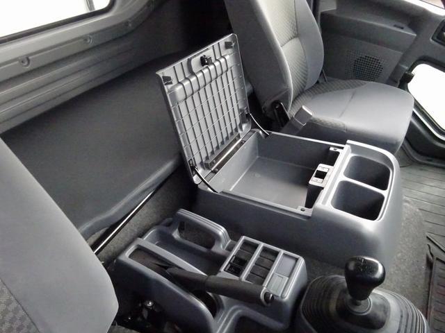 低温冷凍車 -30℃設定 床下格納ゲート 左片開き扉 ワイド ベッド付 2450kg積載(51枚目)