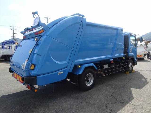 増トン プレス式パッカー 計量器付 10.2m3 新明和 G-PX 連続積込 汚水タンク無し 標準幅 4350kg積載(4枚目)