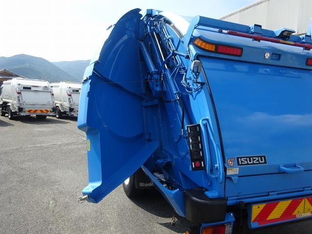 増トン プレス式パッカー 計量器付 10.2m3 新明和 G-PX 連続積込 汚水タンク無し 標準幅 4350kg積載(34枚目)