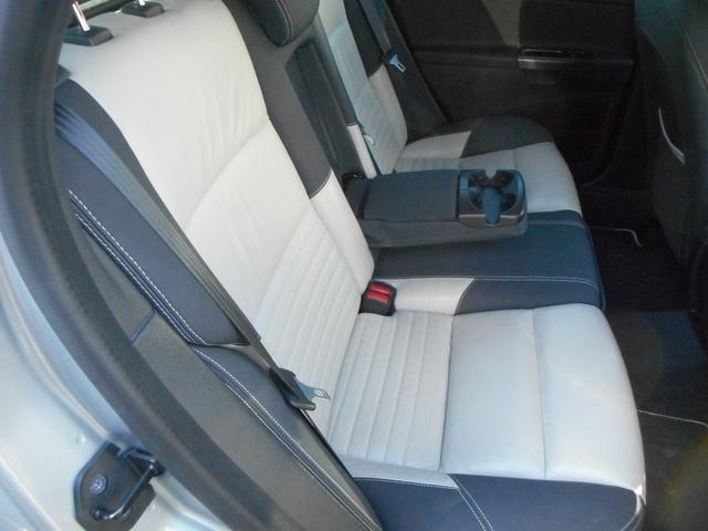 ボルボ ボルボ V50 2.4i Rデザイン 上級グレード エアロ レザーシート