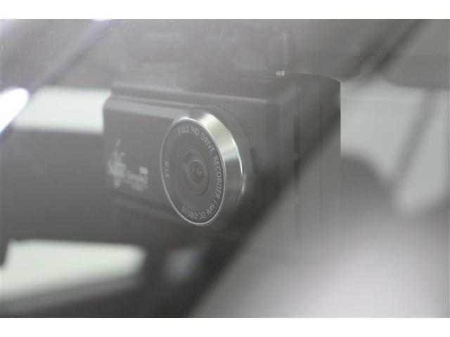 ドライブレコーダー搭載!万が一の場合、責任の所在を明確できるのはもちろん、観光などお出かけ先の景色を残しておけます。録画が残ると思えば、自分自身も安全運転を意識しますよね!