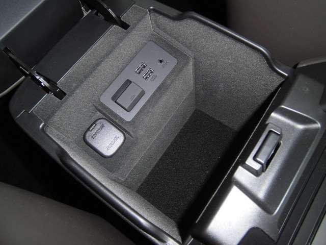 2.2 XD Lパッケージ ディーゼルターボ 試乗車 レザー(12枚目)