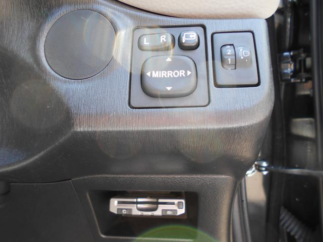 F ナビ・ETC車載器・カーペットマット付き(19枚目)