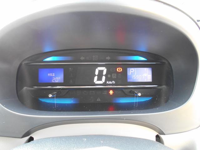 G SA CDチューナー カーペットマット バイザー アイドリングストップ スマートアシスト キーフリーシステム プッシュボタンエンジンスタート オートエアコン アルミホイール 運転席・助手席エアバッグ(6枚目)