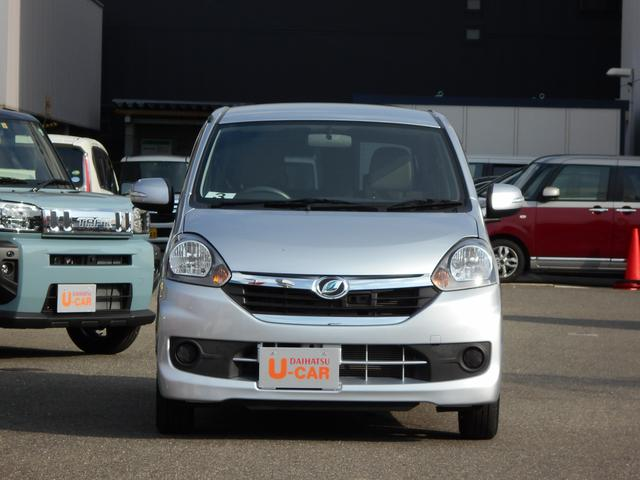 G SA CDチューナー カーペットマット バイザー アイドリングストップ スマートアシスト キーフリーシステム プッシュボタンエンジンスタート オートエアコン アルミホイール 運転席・助手席エアバッグ(10枚目)