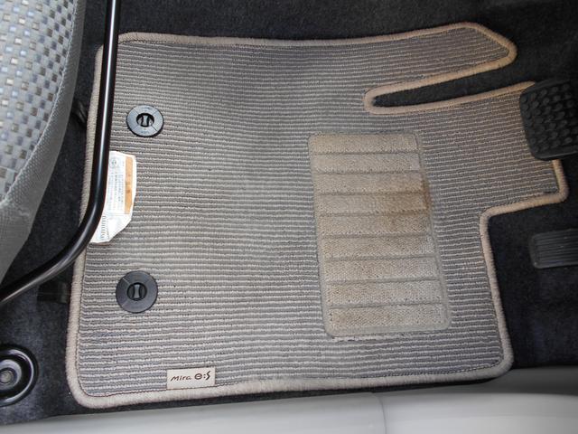 G SA CDチューナー カーペットマット バイザー アイドリングストップ スマートアシスト キーフリーシステム プッシュボタンエンジンスタート オートエアコン アルミホイール 運転席・助手席エアバッグ(34枚目)
