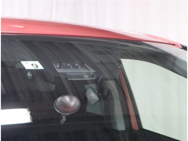 ハイブリッドG フルセグ DVD再生 バックカメラ 衝突被害軽減システム ETC ドラレコ 両側電動スライド ウオークスルー 乗車定員7人 3列シート ワンオーナー(19枚目)