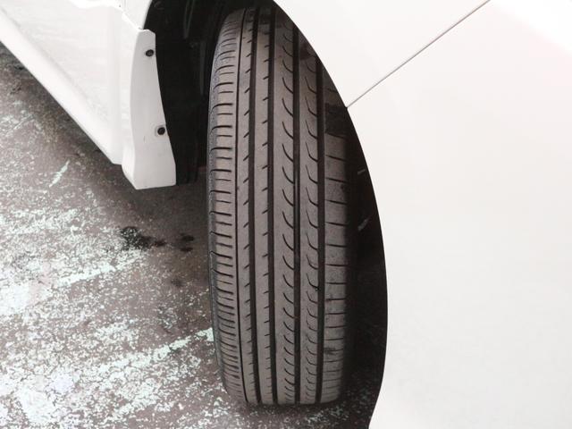 タイヤ溝は残り6mmとなります。